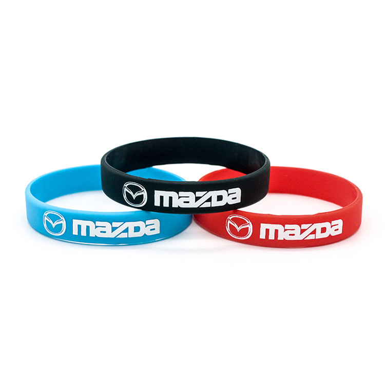 Custom Silicone Screen Printed Festival Wristbands for Events