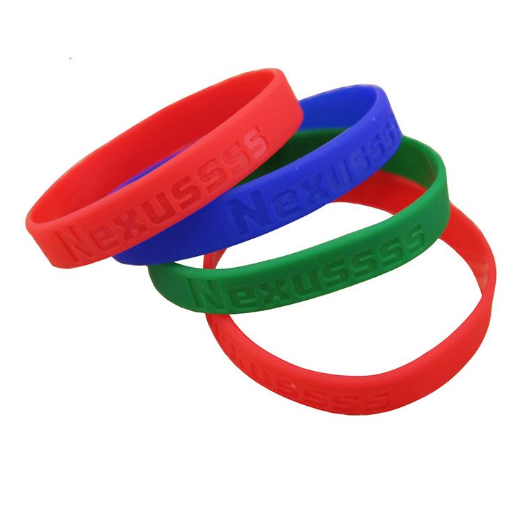 Wholesale No Minumum Promotional Custom Silicone Wristbands