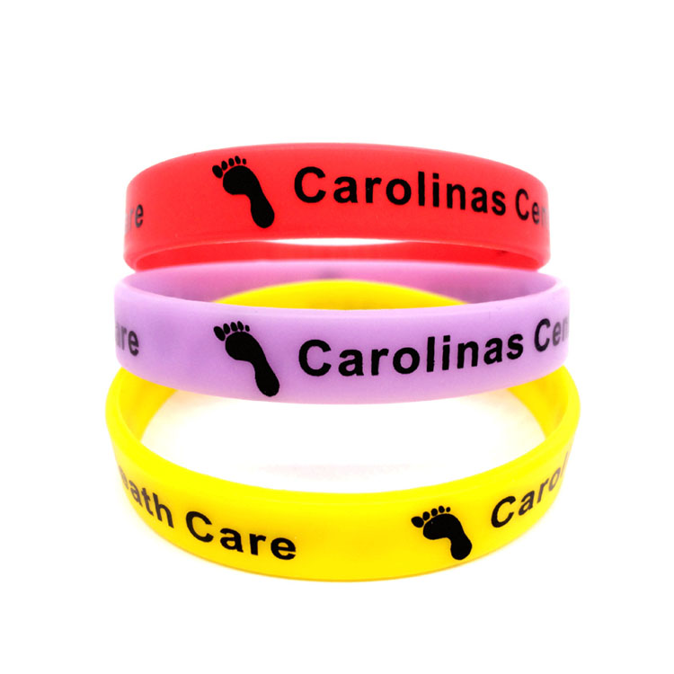 Customized Rubber Screen Printed Sports Wristbands for Men for Women